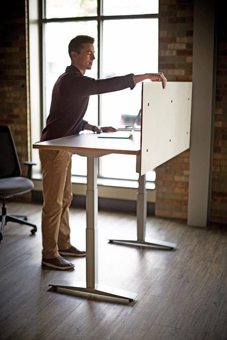 Universal Height-Adjustable Screen WorkUp