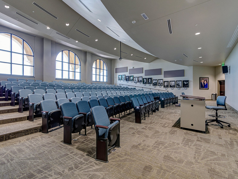 Lecture Hall / Auditorium