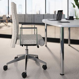 Voyant Task Chairs