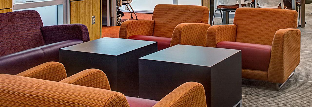 sela-lounge-slide4