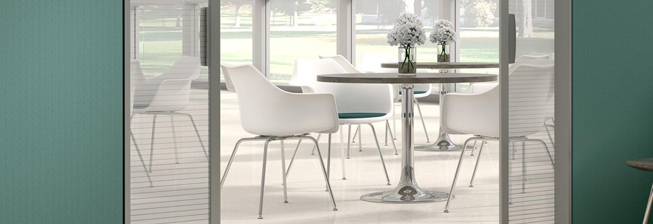 Jubi Guest Chair