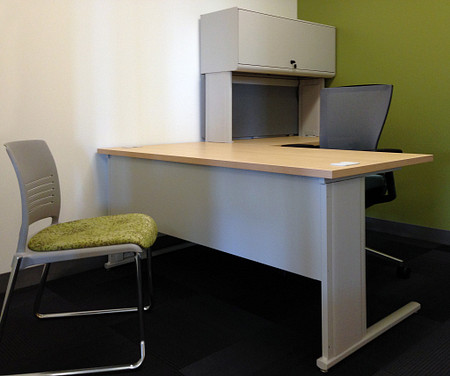 RU office3 WorkZone AltusMesh StriveSled
