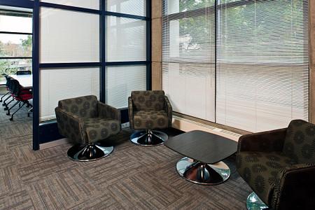 UW Fluke lounge1