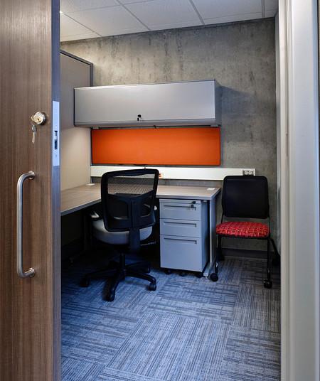 UW Fluke office private2