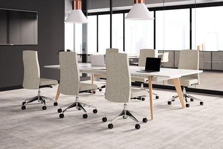 VoyantTask CZwoodtable conferenceroom