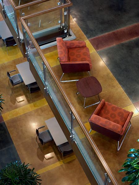 MU lobby2 Lyra