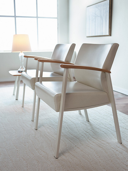 SolticeMetal SingleChairs OccTable
