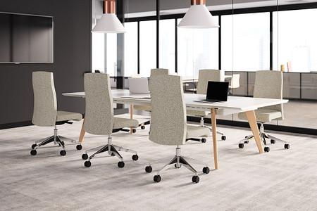 VoyantConf CZwoodtable conferenceroom