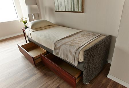Affina LaResta bed2 drawers PatientRoom
