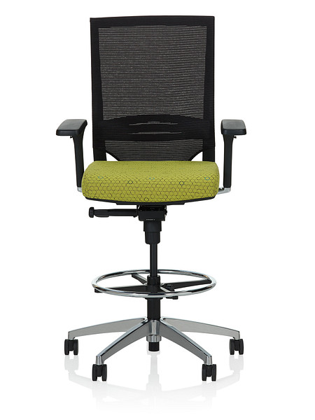 Sift task stool arms uph front