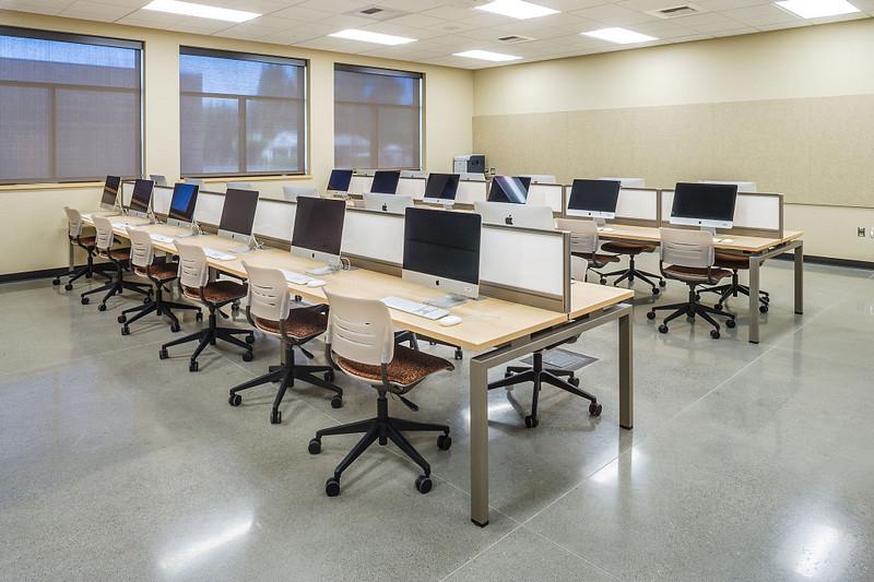 Computer / Tech Lab
