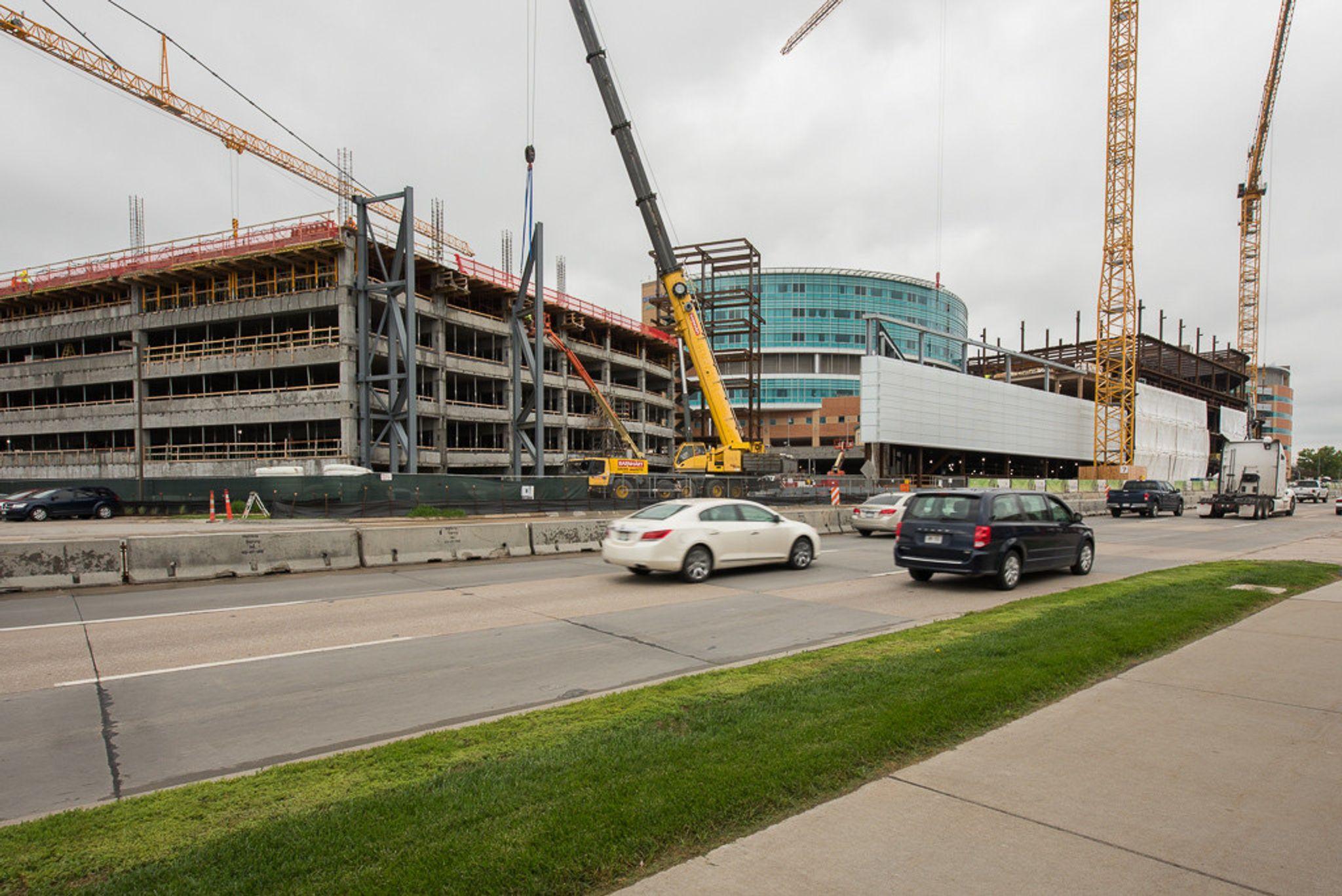 Children's Hospital & Medical Center – East Parking Garage