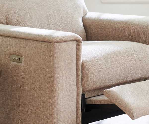 Ryder duo® Reclining Sofa detail