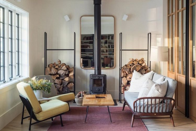 Urban Country living room with mixed furniture and fireplace