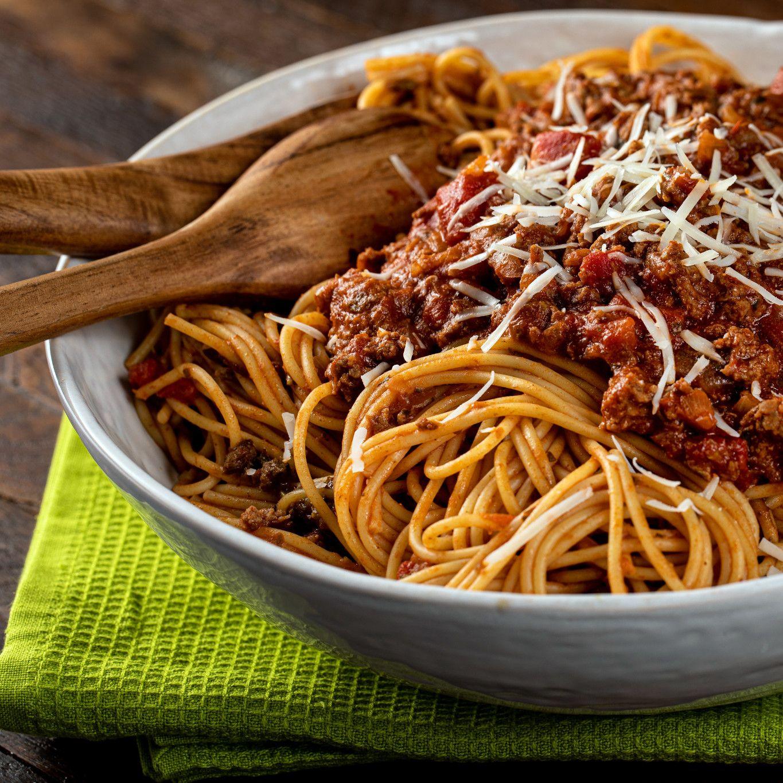 spaghetti_with_bolognese_sauce_1189.jpg