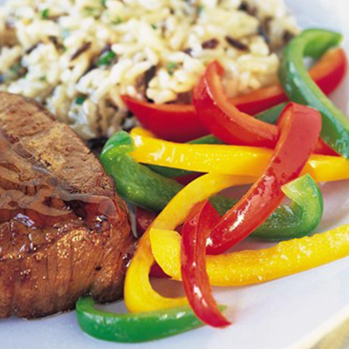 grilled_beef_steaks_with_espressobourbon_sauce.jpg