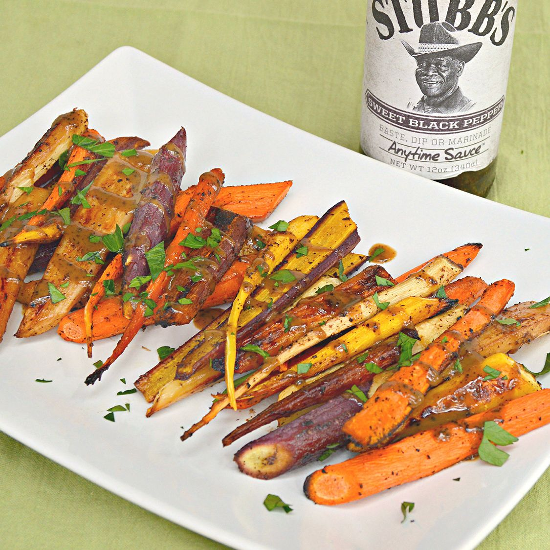 stubbs_sweet_black_pepper_roasted_carrots.jpg