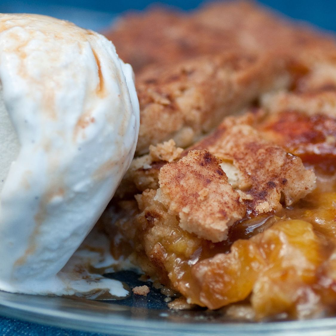 honey_pecan_peach_pie.jpg
