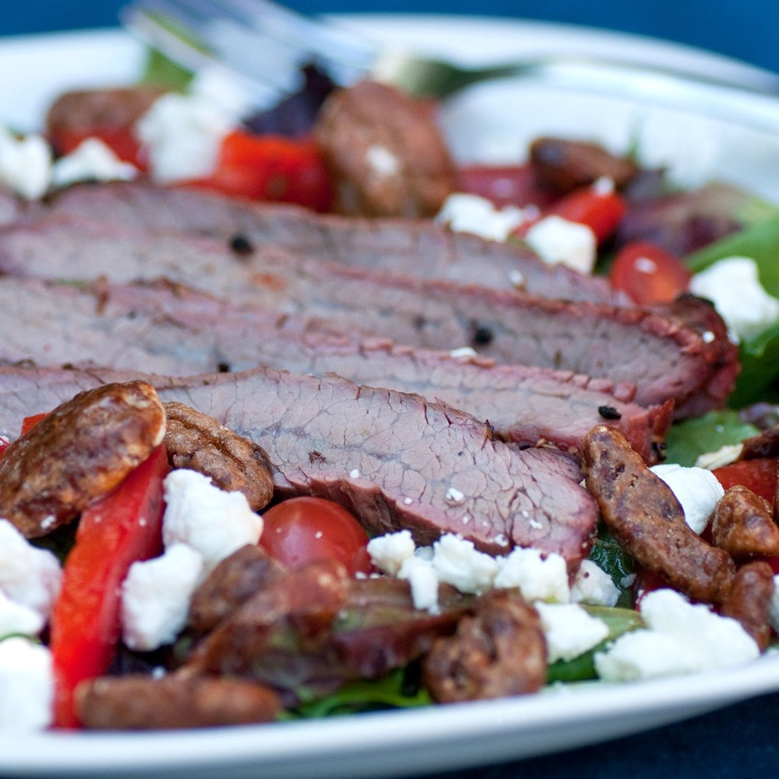 grilled_steak_salad.jpg