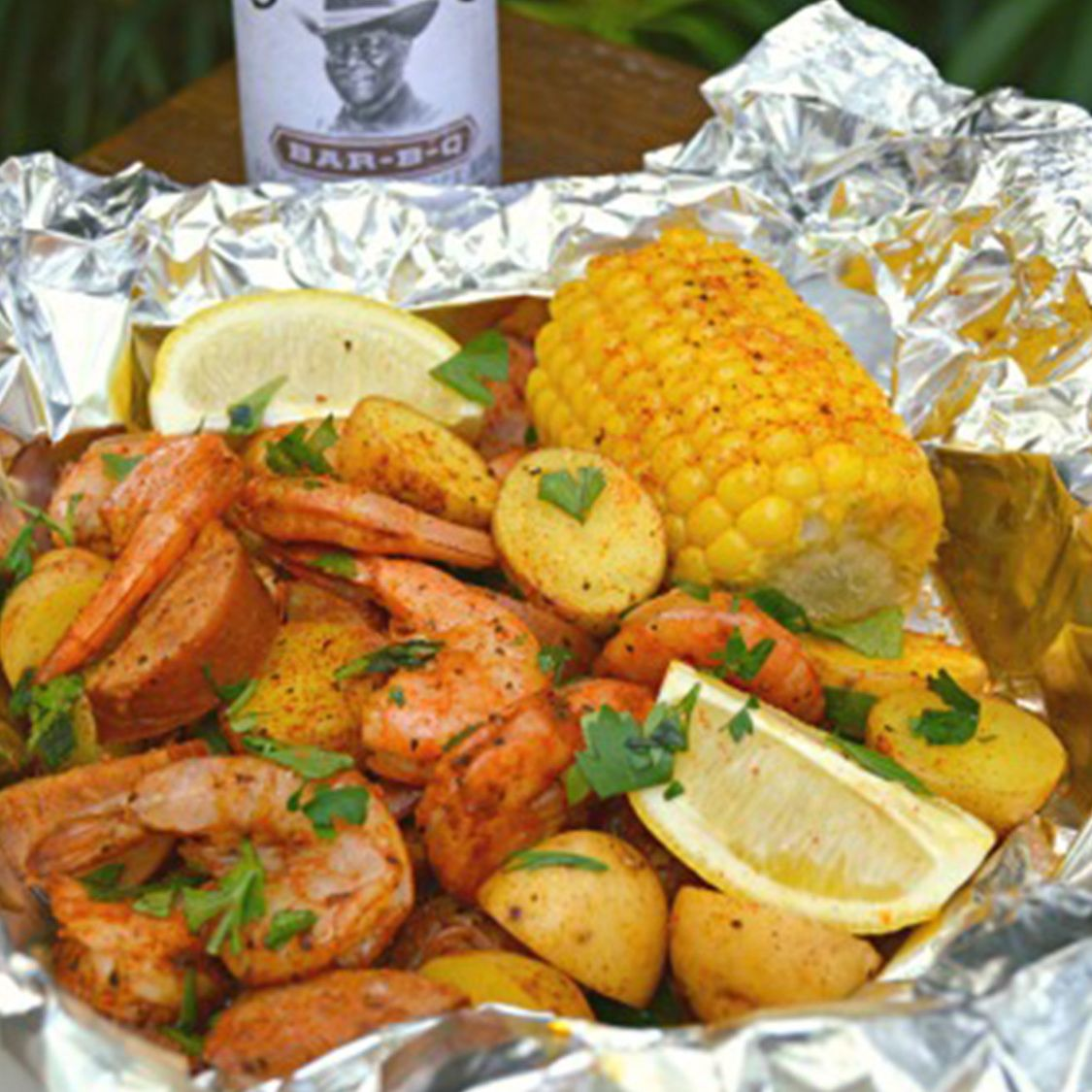 barbq_shrimp_and_sausage_boil_foil_packs.jpg