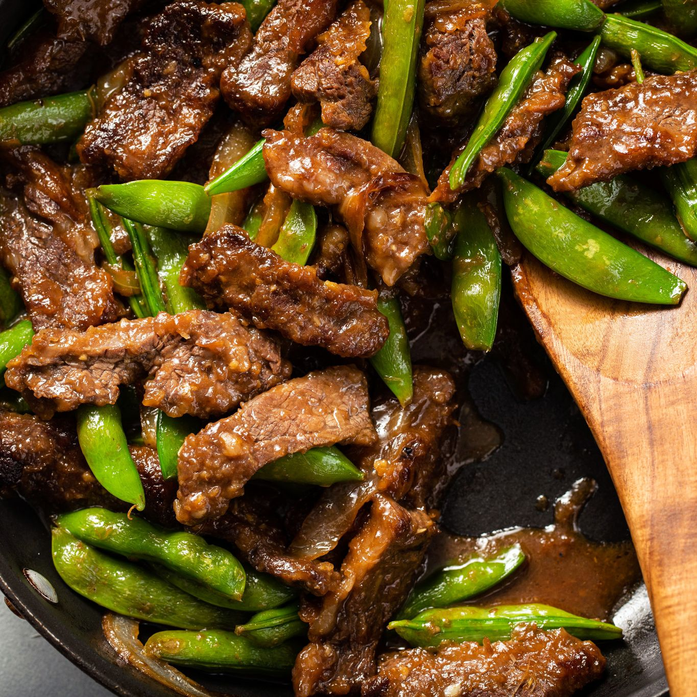 Steak and Sugar Snap Peas in Ginger Sauce