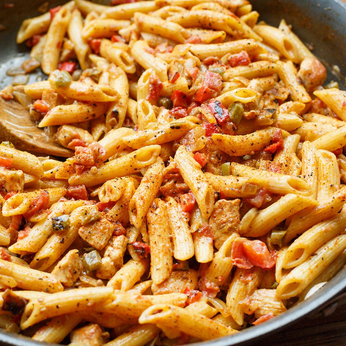 stubbs_chicken_pasta.jpg