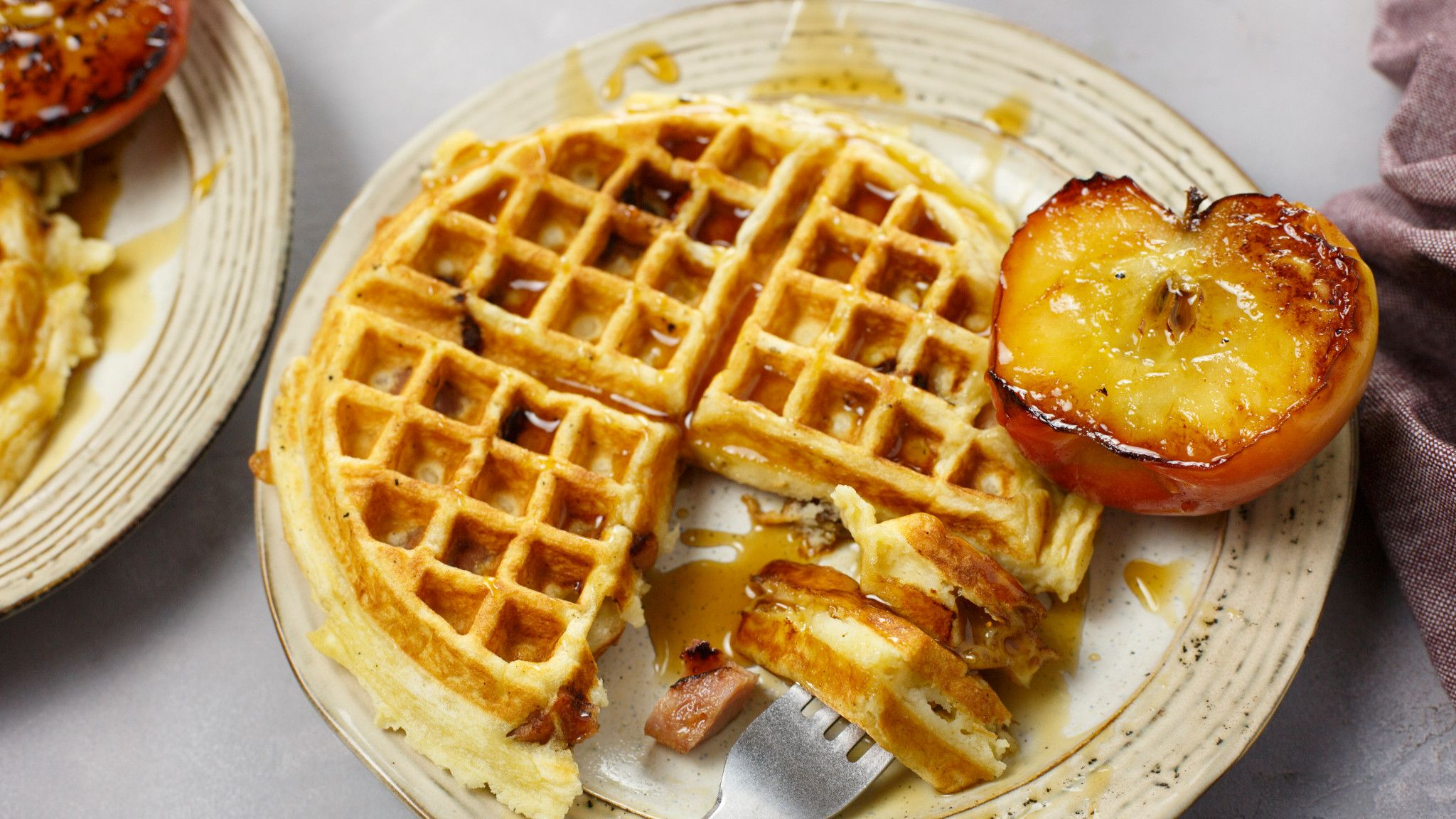 ginger_waffle_with_apple_chicken_sausage_6.jpg