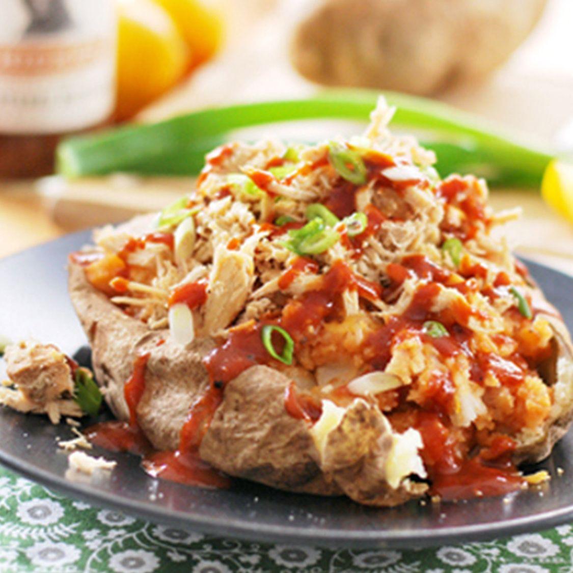 shredded_chicken_barbq_baked_potato.jpg