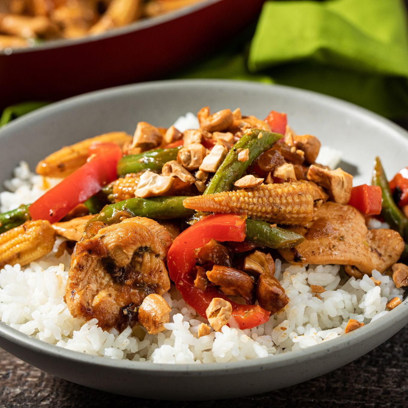 thai_seasoning_chicken_and_cashew_stir_fry_6558.jpg