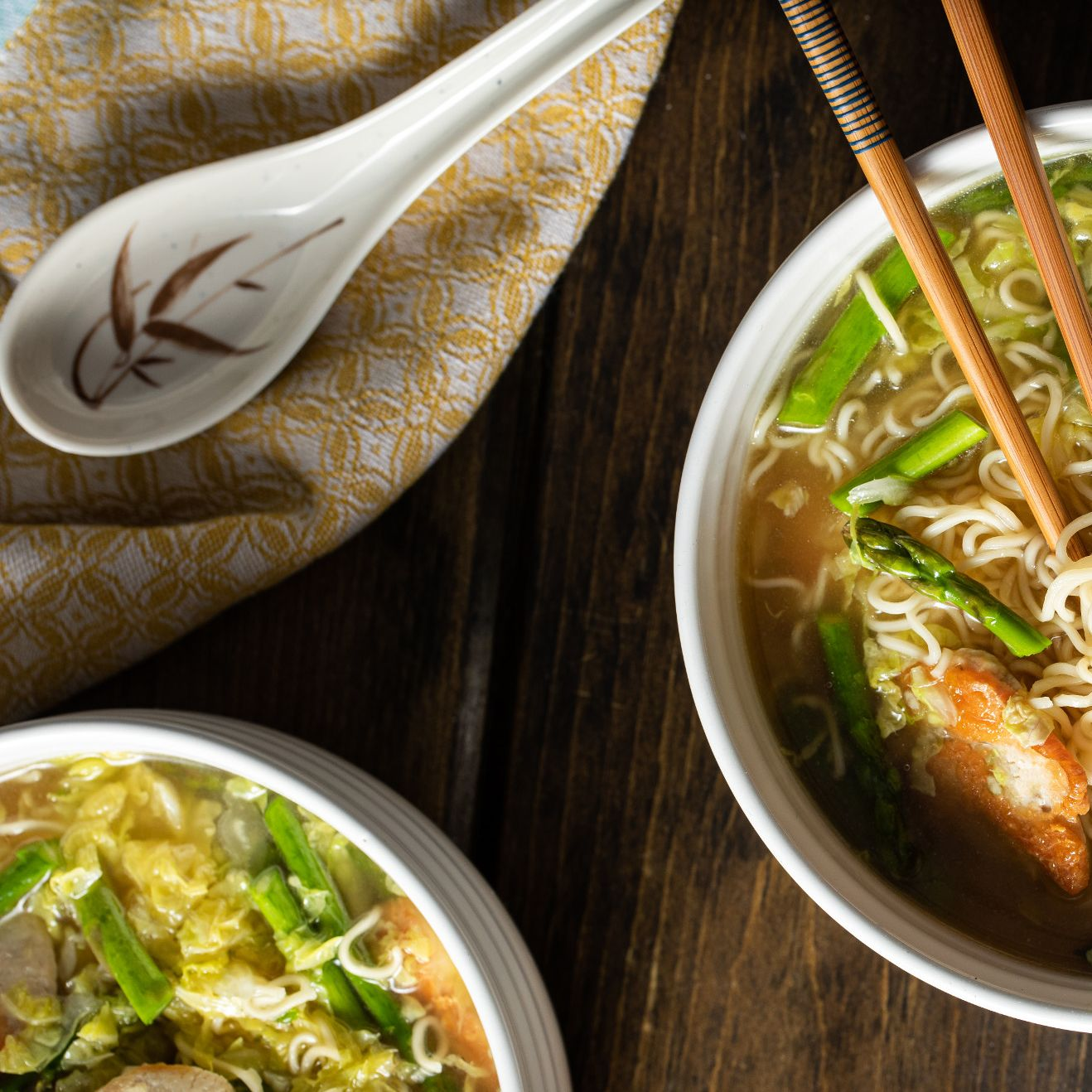 chinese_chicken_noodle_soup_with_garlic_&_ginger_6247.jpg