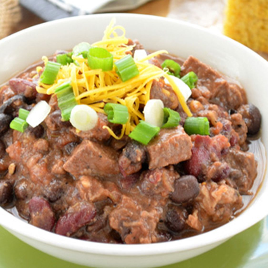slow_cooker_bourbon_beef_and_bean_chili.jpg