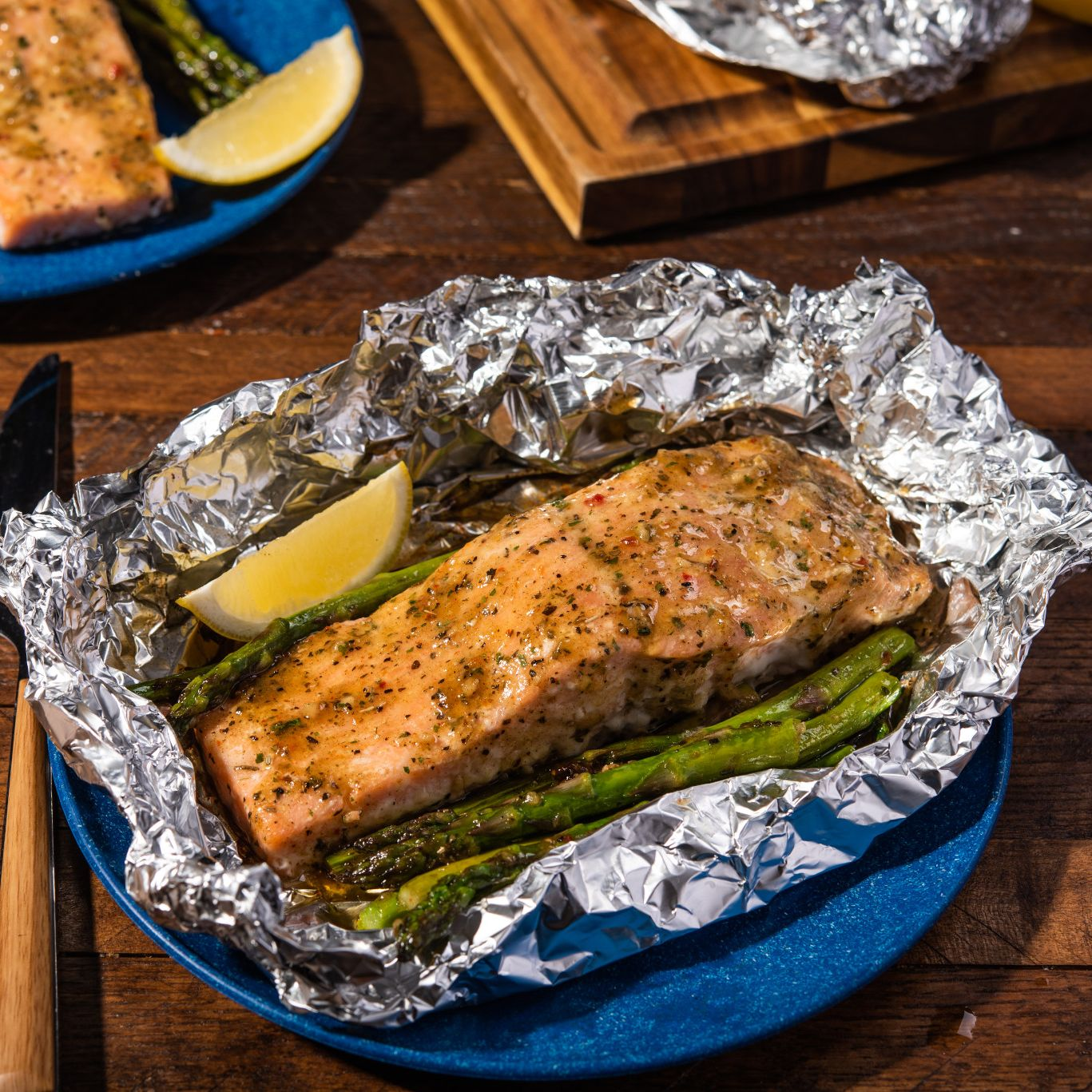 Grilled Salmon & Asparagus Foil Packets