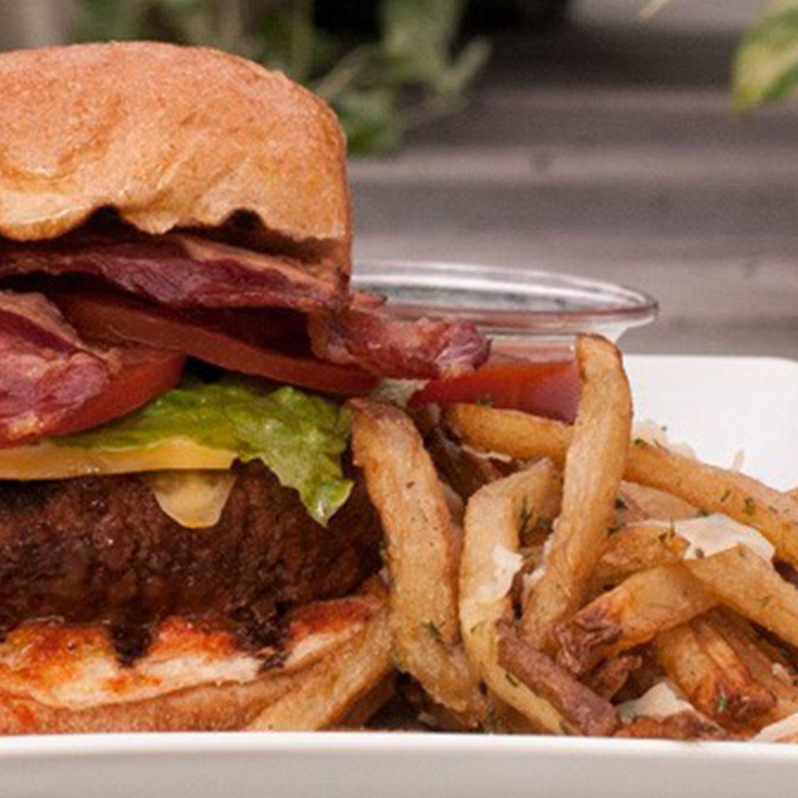 texas_sriracha_burger.jpg