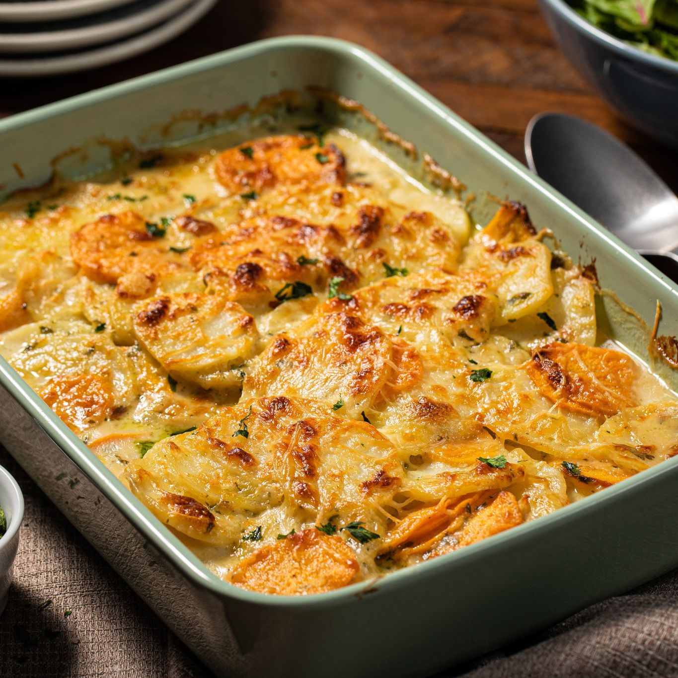 potato_gratin_with_garlic_&_parsley_8221.jpg