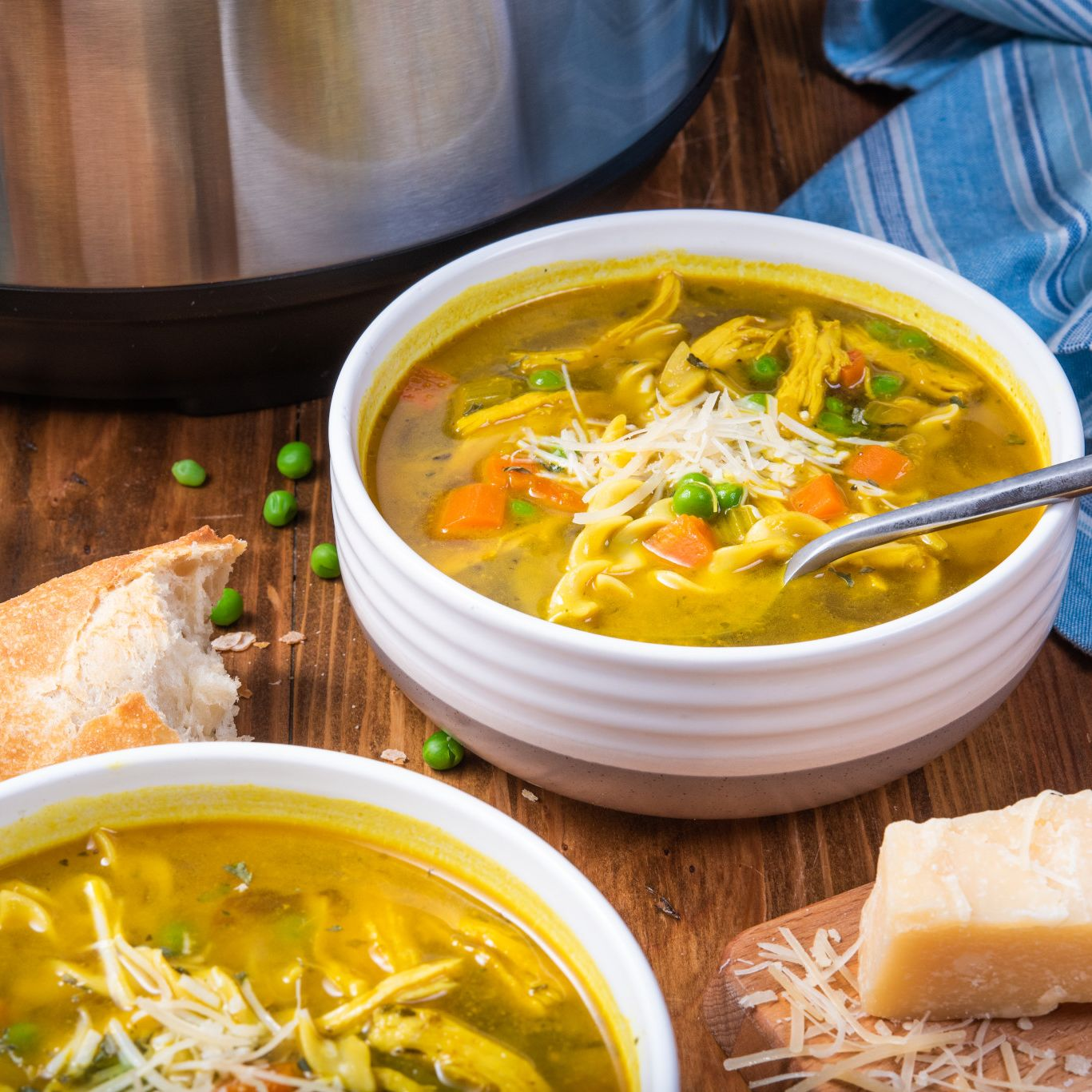 instant pot turmeric chicken noodle soup