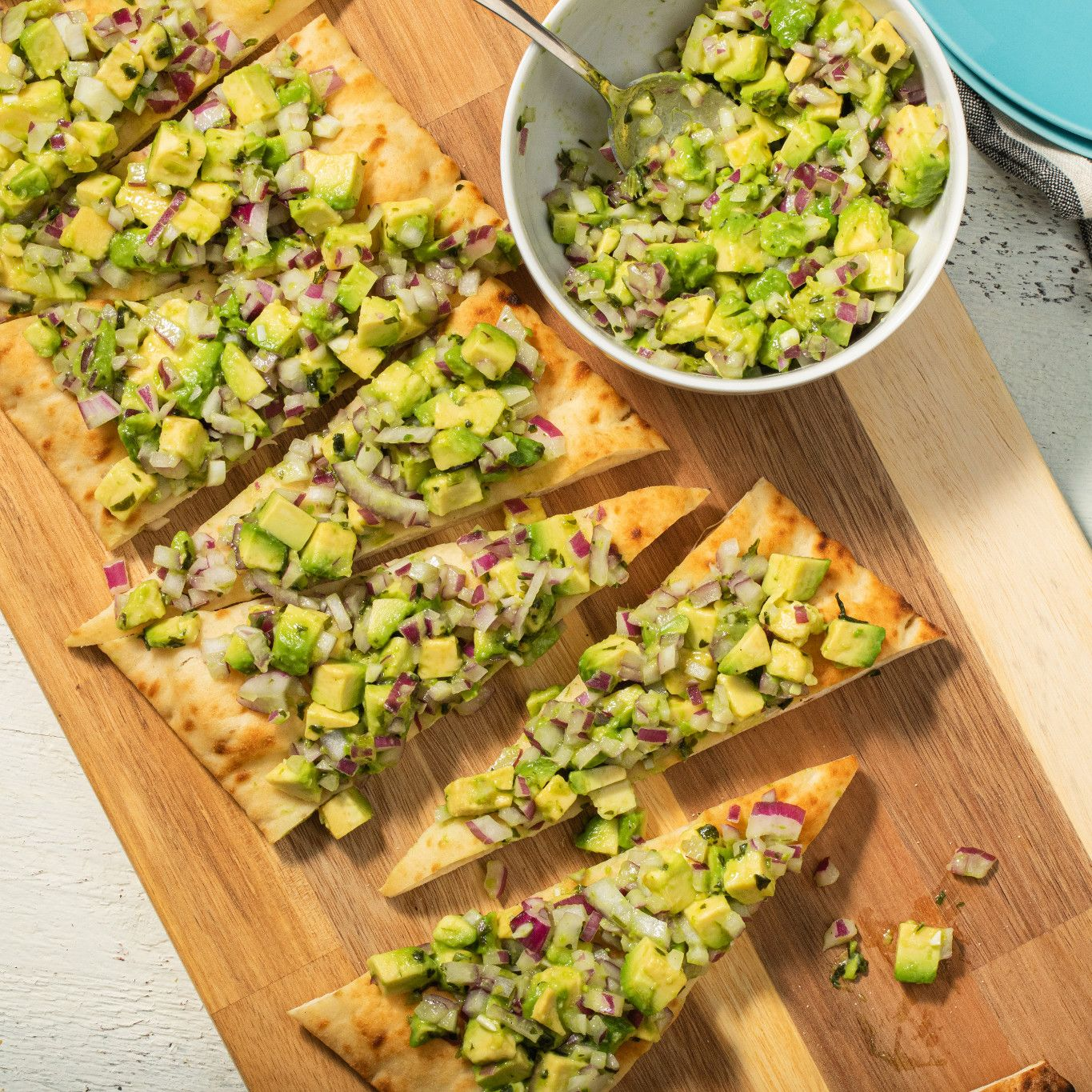 avocado_&_parsley_salsa_on_flatbread_4210.jpg