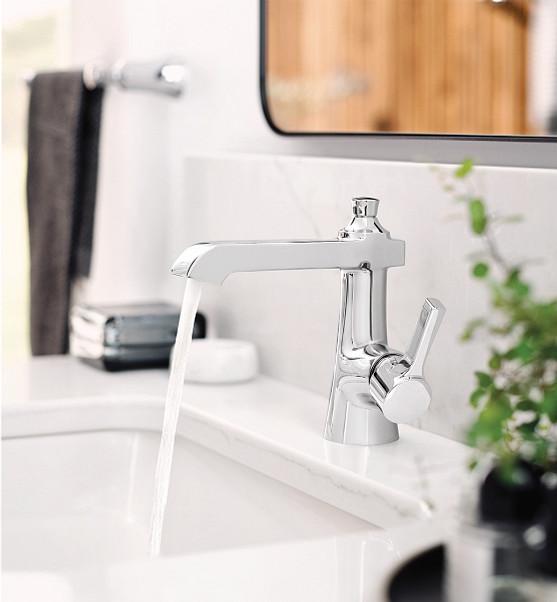 Flara Chrome One-Handle High Arc Bathroom Faucet