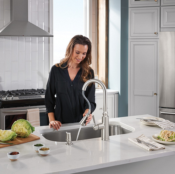 Coretta Pull-Down Kitchen Faucet Power Boost Spot Resist Stainless 87997SRS