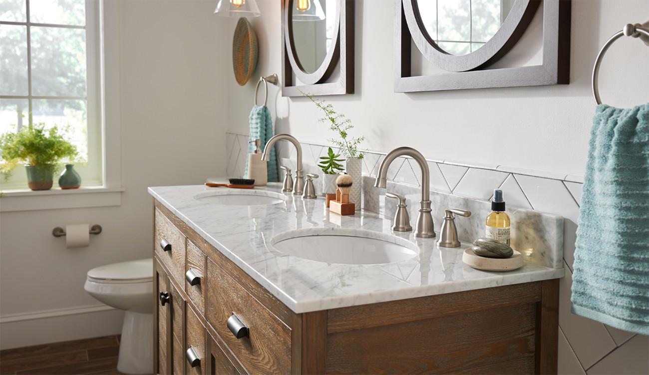Transitional Bathroom Faucet Room