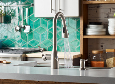 MotionSense Pulldown Kitchen Faucet for Chef