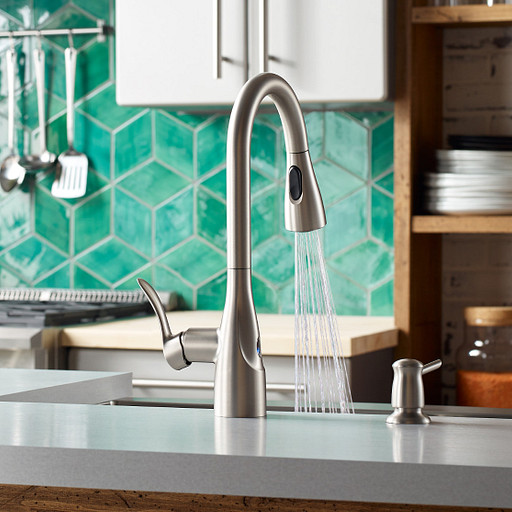 Kitchen Ideas: 4 Ways Motion Sensing Faucets Make You a Better Chef
