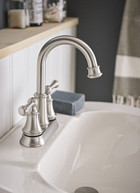 Browse traditional design faucets and accessories