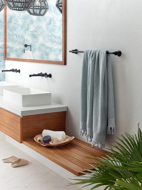 Arris Matte Black Wallmount Faucet with Towel Bar
