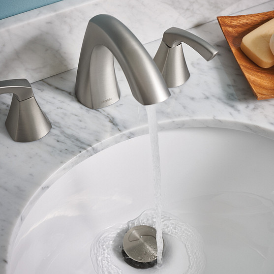 Lindor Spot Resist Brushed Nickel Bathroom Faucet with Colorful Wall Paint
