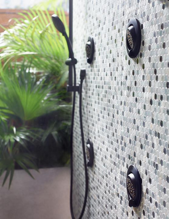 Flushmount body sprays enhances the shower experience