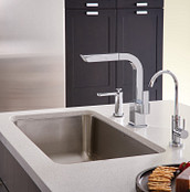 90 Degree Chrome One-Handle High Arc Pullout Kitchen Faucet S7597C