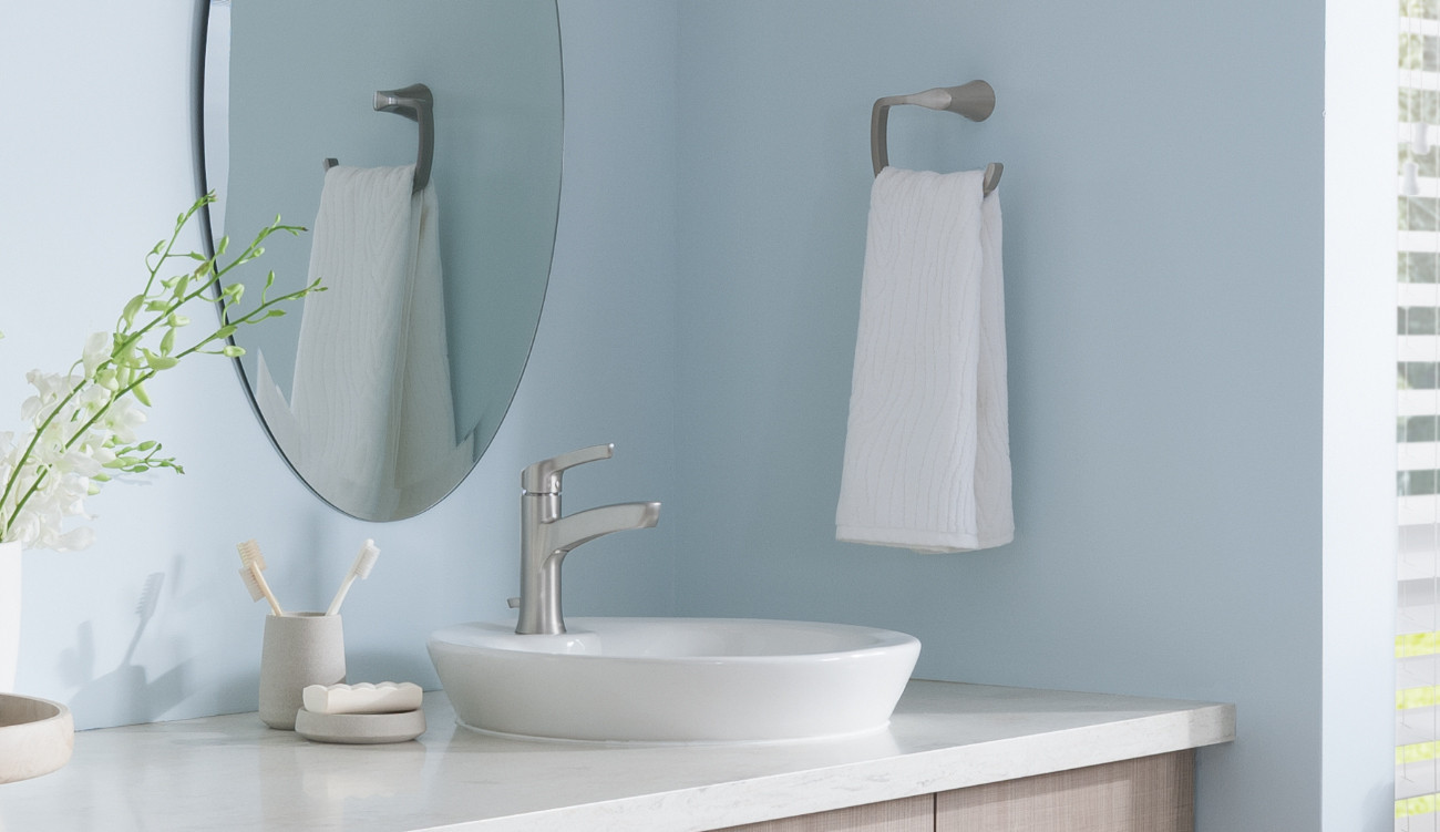 Modern Bathroom Hardware & Accessories Room