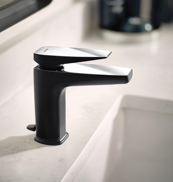 Via Matte Black/Chrome One-Handle Low Arc Bathroom Faucet