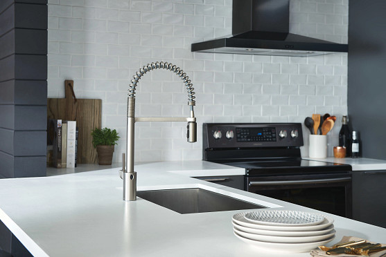 Align MotionSense Resist Stainless Pulldown Kitchen Faucet 5923EWSRS