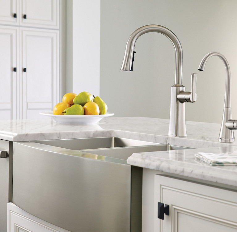 Traditional Kitchen Faucets